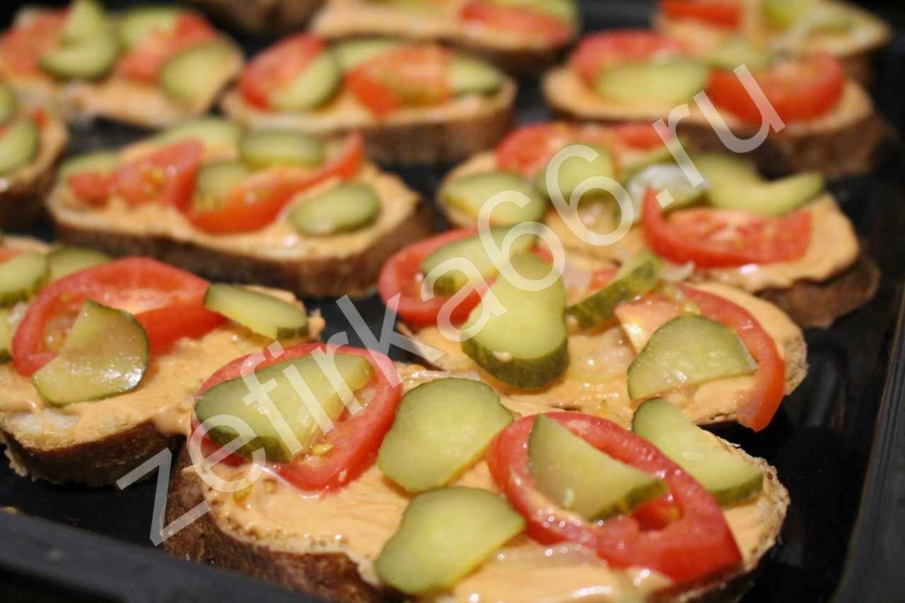 Мини пицца на батоне рецепт с фото