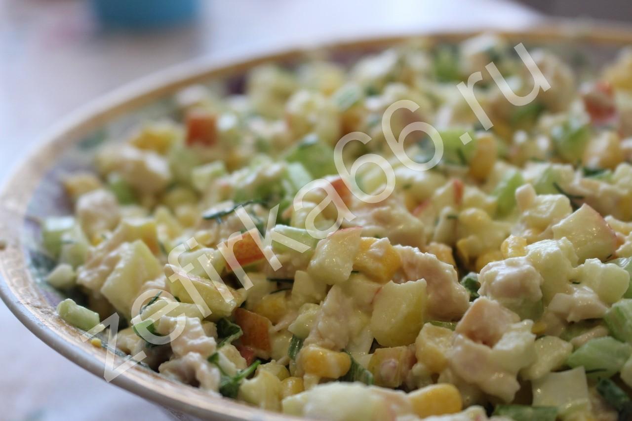 Салат с креветками и кальмарами  3 вкуснейших рецепта