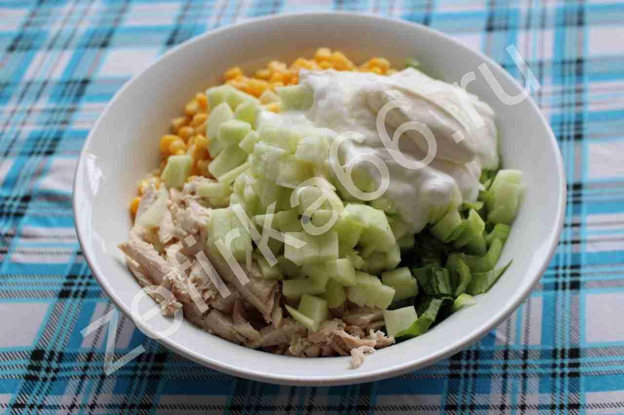 Шаг 4 рецепта: оригинальный салат с чипсами